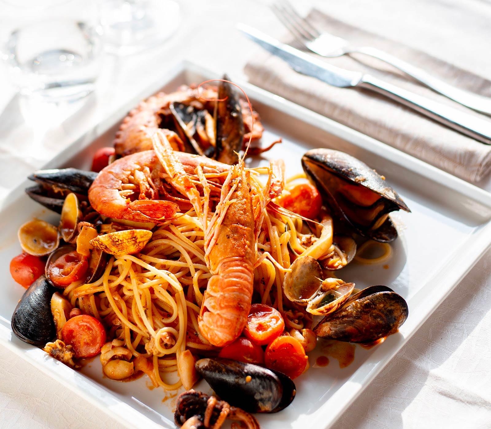 mangiare pesce in ristorante torino